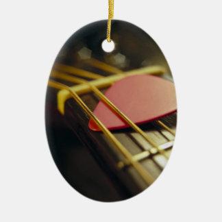 La púa de guitarra remetió adentro secuencias ornato