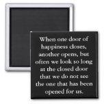 La puerta del imán de la felicidad