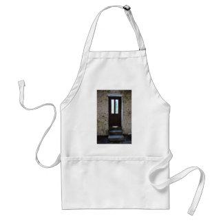 La puerta delantal