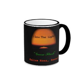 La puesta del sol de destello verde taza de dos colores