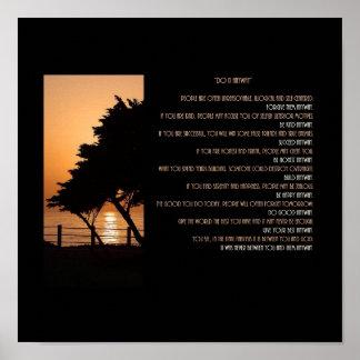 La puesta del sol del árbol y del océano lo hace póster