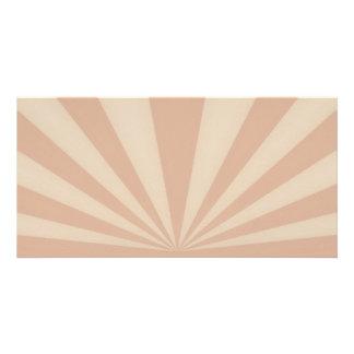La puesta del sol irradia el coral tarjeta personal