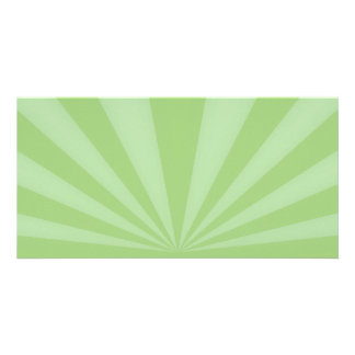 La puesta del sol irradia verde de la primavera tarjetas personales con fotos