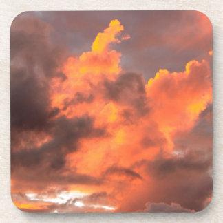 La puesta del sol se nubla I Posavasos De Bebidas