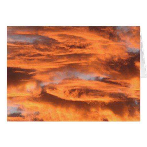 La puesta del sol se nubla la tarjeta