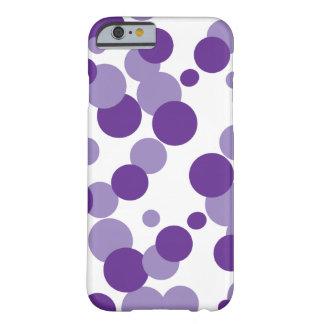 La púrpura burbujea caso del iPhone 6 del confeti Funda De iPhone 6 Barely There