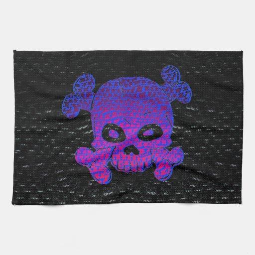 La púrpura de encargo de la bandera de pirata se d toalla de mano