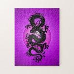 La púrpura estalló el dragón chino rompecabeza con fotos