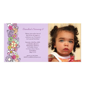 La púrpura florece 2do cumpleaños de las niñas inv tarjetas fotograficas