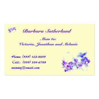 La púrpura florece a la mamá tarjeta de visita