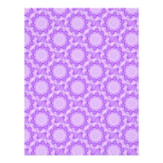 La púrpura florece el papel del libro de recuerdos membrete a diseño