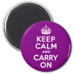 La púrpura guarda calma y continúa imán de frigorifico