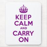 La púrpura guarda calma y continúa tapete de raton