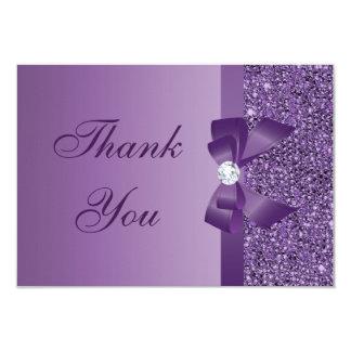 La púrpura imprimió el arco de las lentejuelas y invitación 8,9 x 12,7 cm