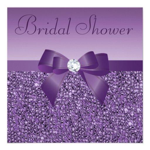 La púrpura imprimió el arco de las lentejuelas y invitación