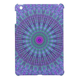 La púrpura inspira el caleidoscopio de la mandala iPad mini protectores