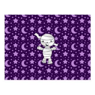 La púrpura linda de la momia protagoniza y está en postales