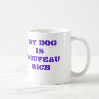 La púrpura mi perro es taza de café rica de