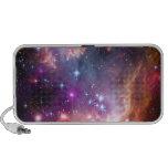 La púrpura protagoniza astronomía de espacio de la laptop altavoces