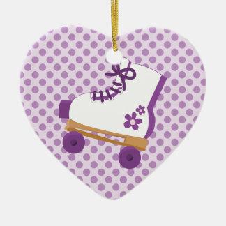 La púrpura puntea el ornamento del corazón del cum adorno de reyes