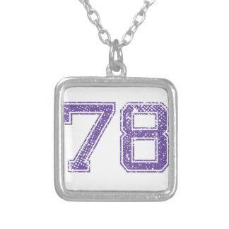 La púrpura se divierte el número 78.png de Jerzee Colgante Cuadrado