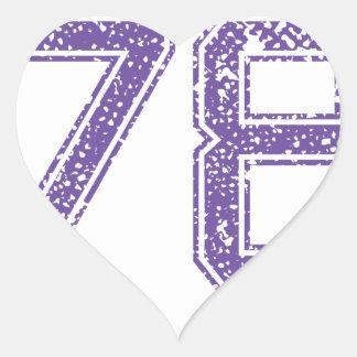 La púrpura se divierte el número 78.png de Jerzee Pegatina En Forma De Corazón