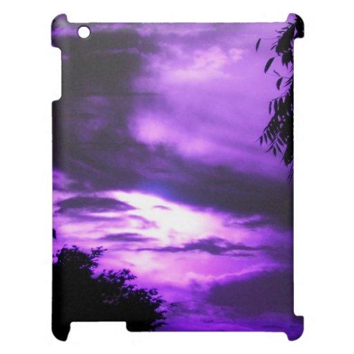 La púrpura se nubló la caja del iPad del cielo