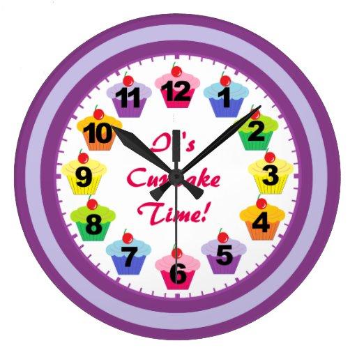 La púrpura suena el reloj de la magdalena con núme