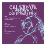 La púrpura y el cumpleaños del bosquejo de la cabe invitación
