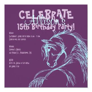 La púrpura y el cumpleaños del bosquejo de la invitación 13,3 cm x 13,3cm
