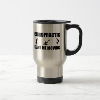 La quiropráctica me guarda el moverse (los hombres taza de viaje de acero inoxidable