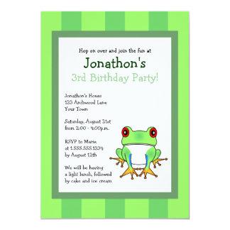 """La rana arbórea linda con cumpleaños de las rayas invitación 5"""" x 7"""""""
