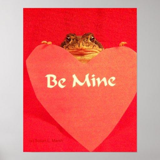 ¿La rana del sapo que lleva a cabo un corazón que  Posters