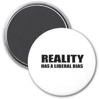 La realidad tiene un prejuicio liberal imanes de nevera