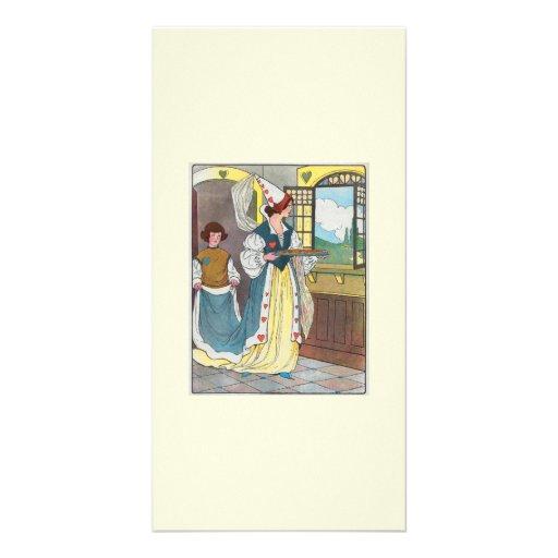 La reina de corazones, ella hizo algunas tartas tarjetas fotograficas
