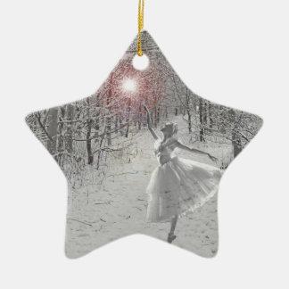La reina de la nieve adorno navideño de cerámica en forma de estrella