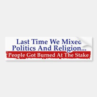 La religión de la política no se mezcla pegatina para auto
