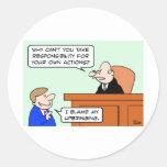 la responsabilidad posee al juez de la educación d etiquetas redondas