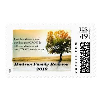 La reunión de familia rústica del árbol de la timbres postales