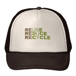 La reutilización reduce recicla la camiseta gorro de camionero