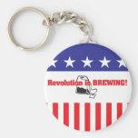 La revolución está elaborando cerveza llaveros