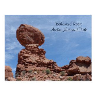 La Roca equilibrada arquea el parque nacional Postales