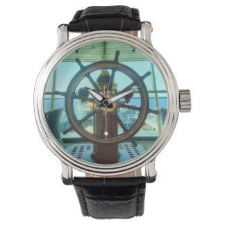 La rueda de la nave relojes de pulsera