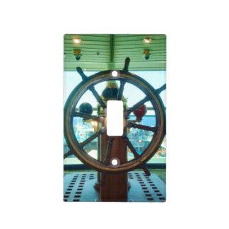 La rueda de la nave tapa para interruptor
