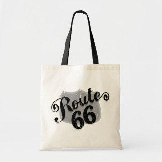 La ruta 66 cubre con tablas sobrepuestas bolsas lienzo
