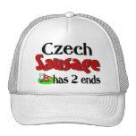 La salchicha checa tiene 2 extremos gorras