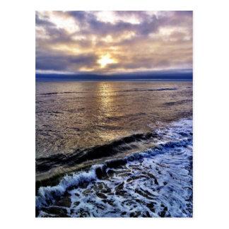 La salida del sol en el obx de la costa de Carolin Postales