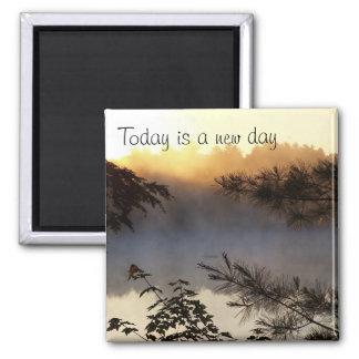 La salida del sol, es hoy un nuevo día imán cuadrado
