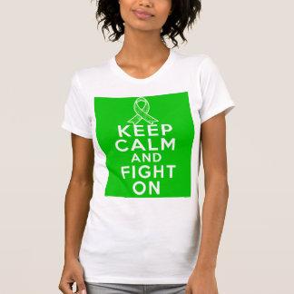 La salud mental guarda calma y sigue luchando camisetas