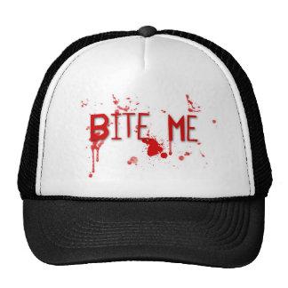 """La sangre verdadera """"me muerde """" gorras de camionero"""